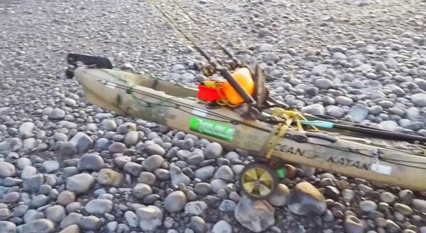 sit on top kayak, test. rough terrain, kayak carrier systems, ocean kayak, KCS trolley boulders, rough trolley,